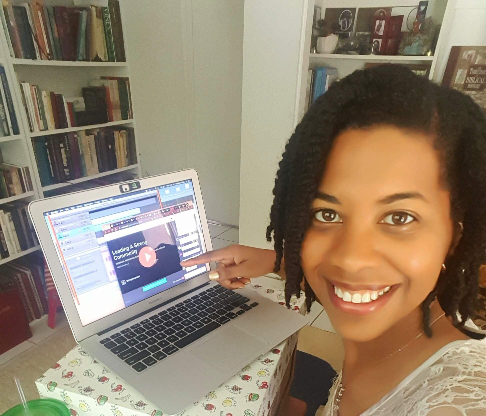 Simplecast Webinar with WOC Podcasters on Community Building